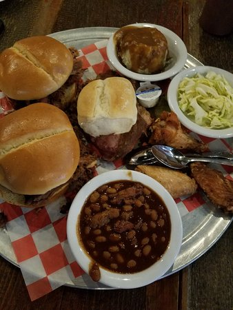 barbecue restaurant near des moines