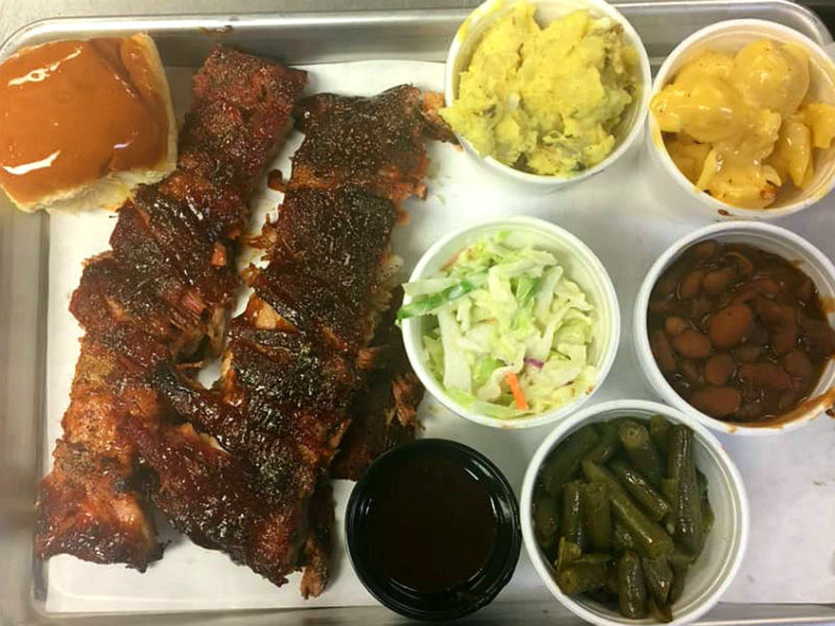barbecue near me open