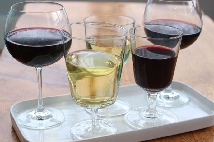 verre de vin rouge en anglais traduction
