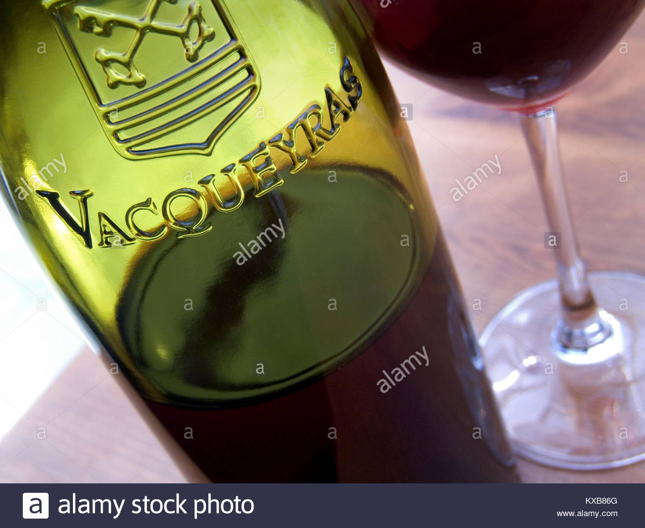 verre a vin rouge table francaise