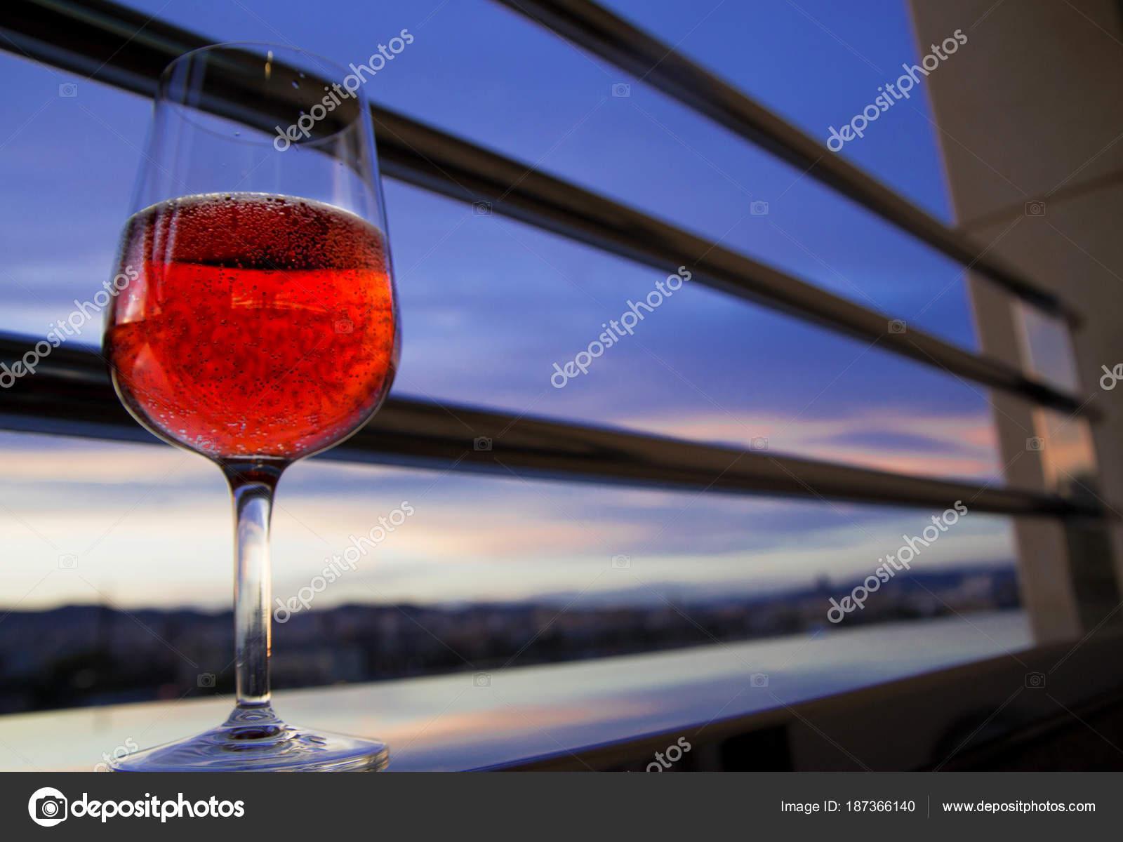 verre de vin rouge le soir