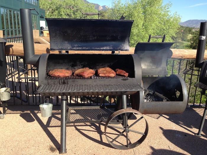 barbecue charbon fait maison