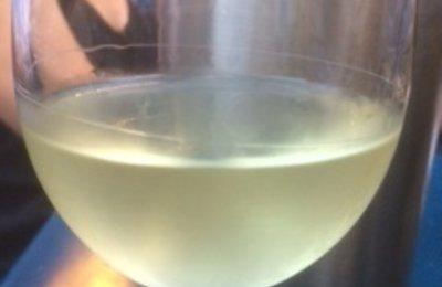 verre de vin rouge vertaling