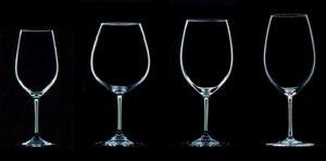 verre à vin droite ou gauche