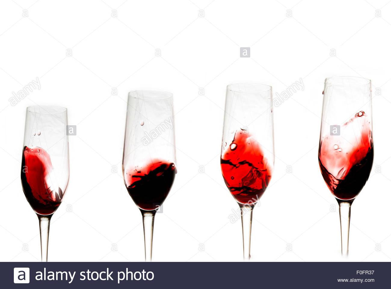 verre vin rouge fond blanc