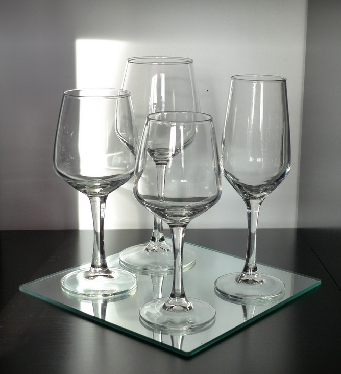 verre de vin blanc enceinte