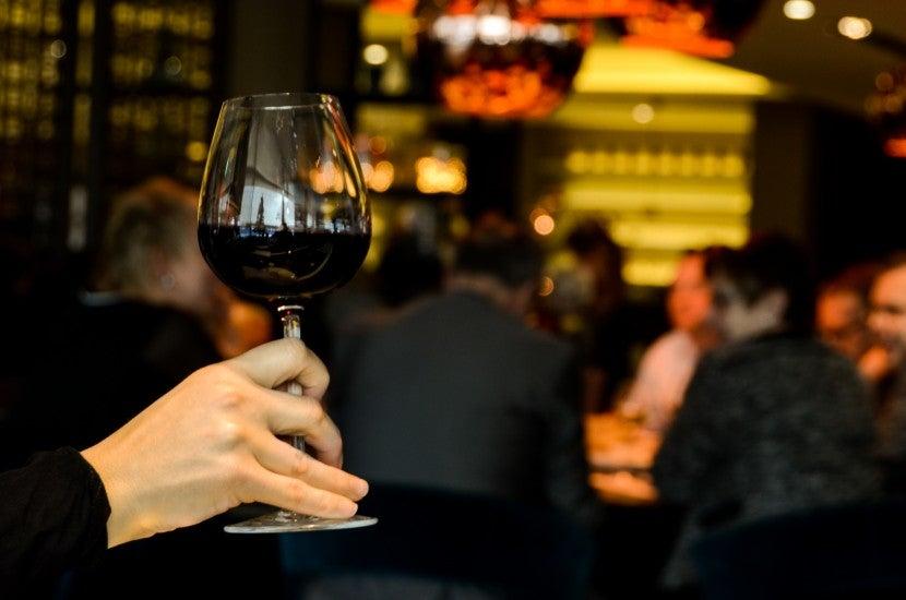 verre de vin rouge sport
