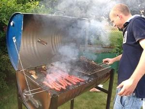 barbecue charbon bidon